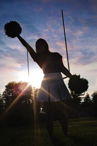 cheerleader-570839_960_720